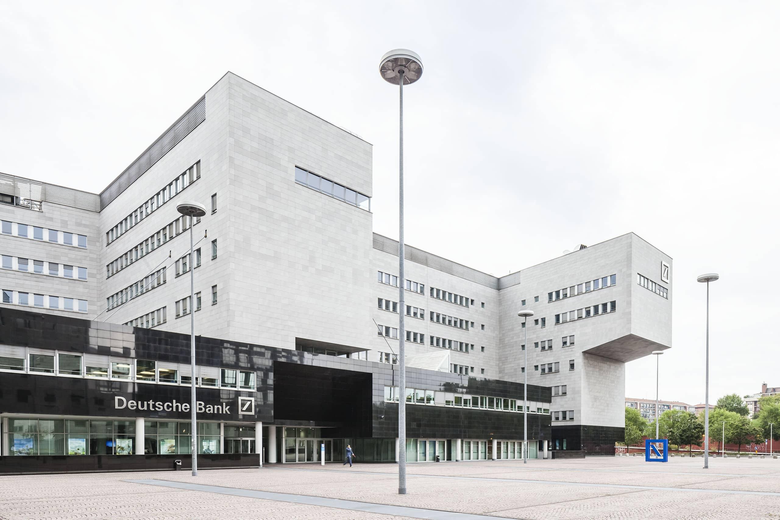Deutsche Bank Piazza Del Calendario Milano.Piazza Del Calendario Milano Calendario 2020